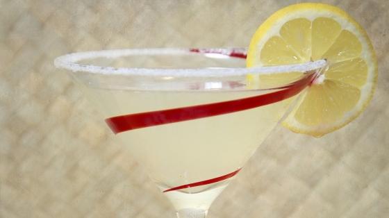 The Lemon Drop Cocktail - Tart but Sauer